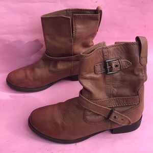 Brown Zara leather booties